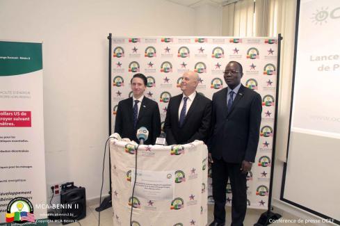 Images de fin de la conférence de presse de lancement du premier appel à projets de la Facilité d'énergie propre hors-réseau